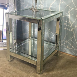 Diamond Crush Mirrored End Table